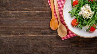 機能性表示食品とは?特定保健用食品(トクホ)との違いを簡単に説明します